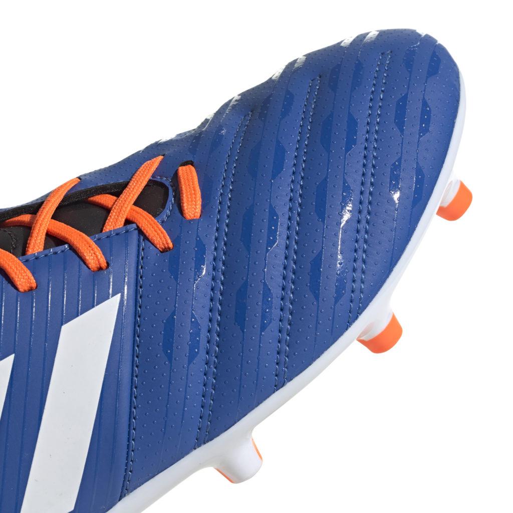 Nous avons testé la Malice moulée FG BleuBlanc d'Adidas